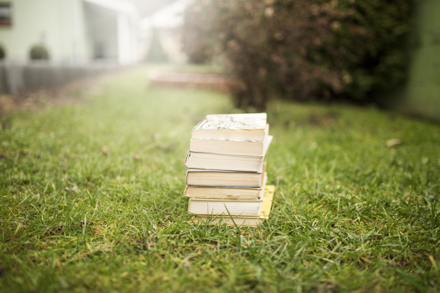libri sull'erba